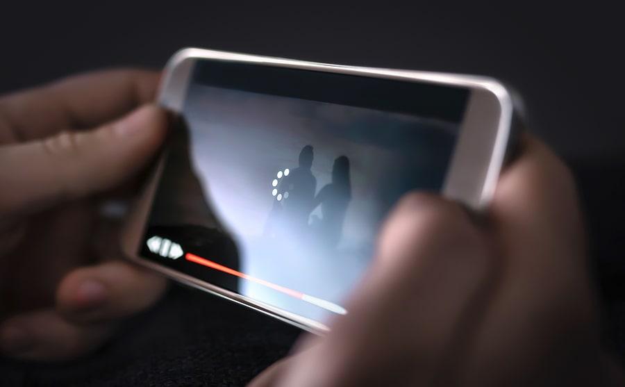 bigstock-Slow-Internet-Video-Load-And--308670523-min